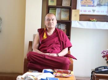 קורס מאסטר בפילוסופיה בודהיסטית עם גשה דורג'י דמדול!